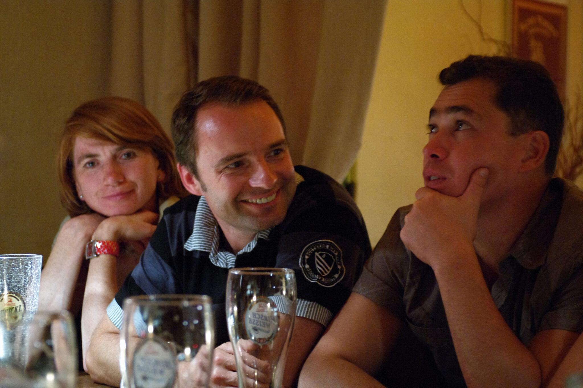 """Jahr 2010. Kindertanzclub """"bravO"""". Elterntanzgruppe."""