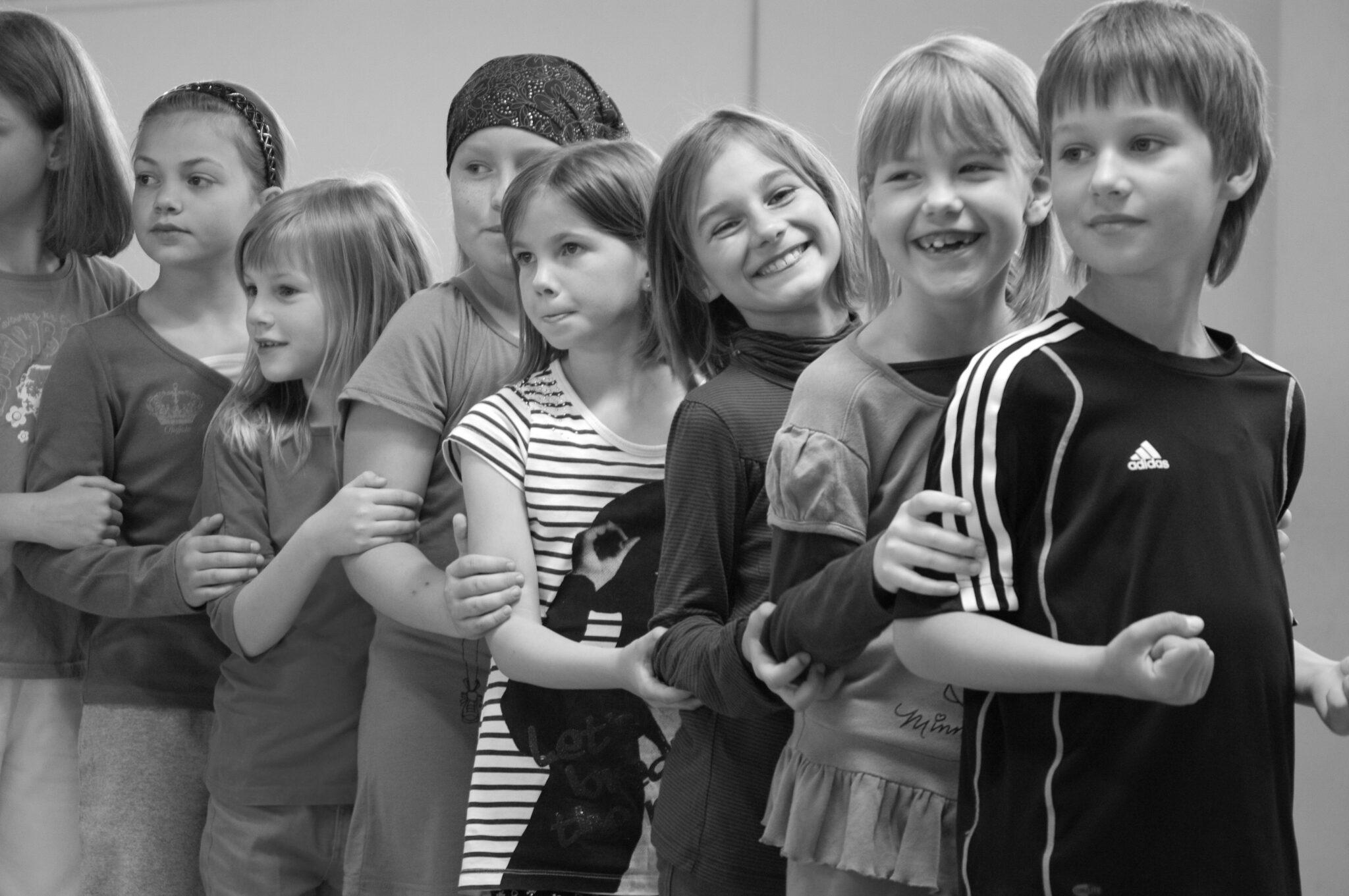 Jahr 2011. Kindertanzclub bravO