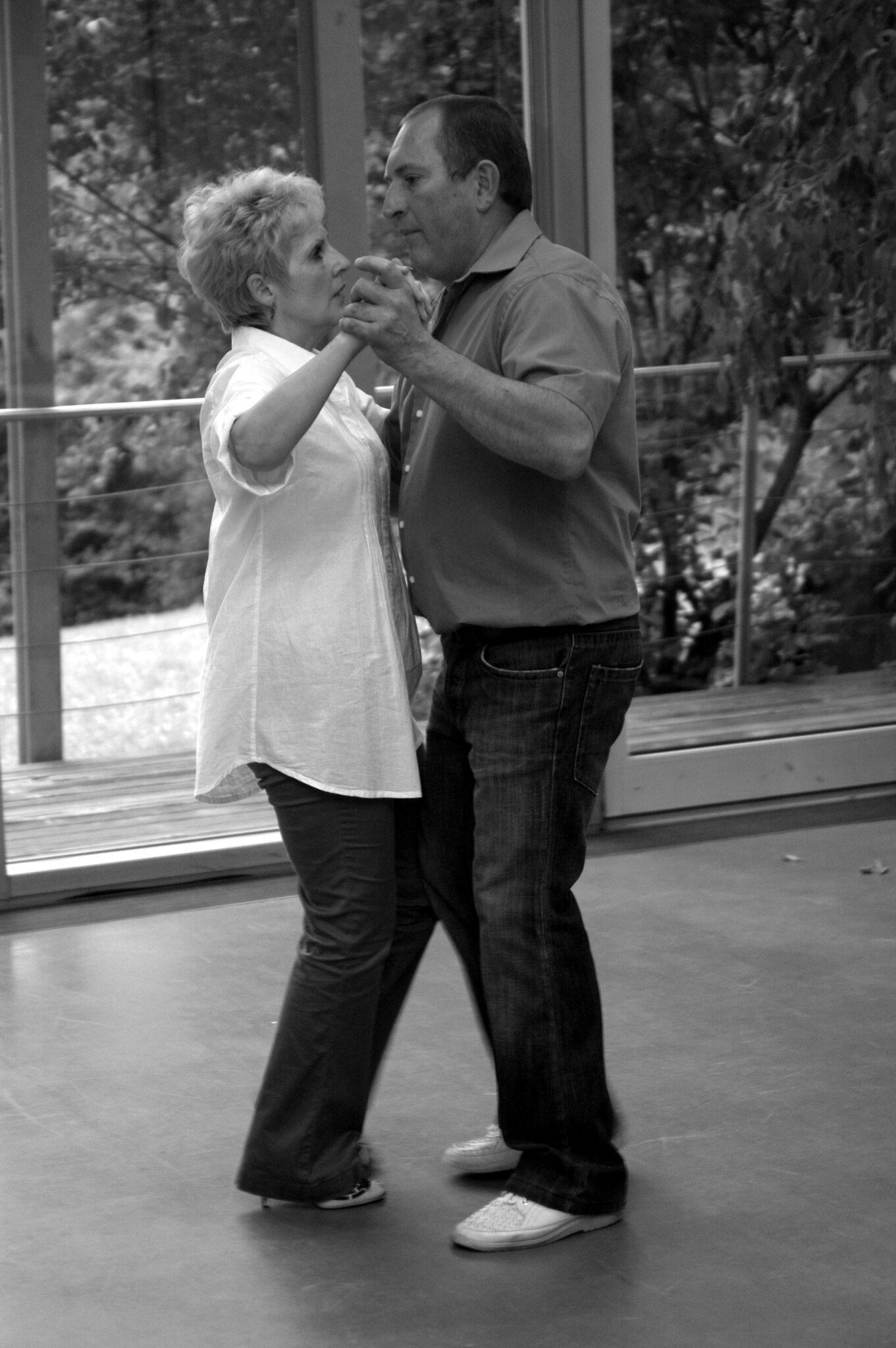 Jahr 2011. Tanzclub bravO